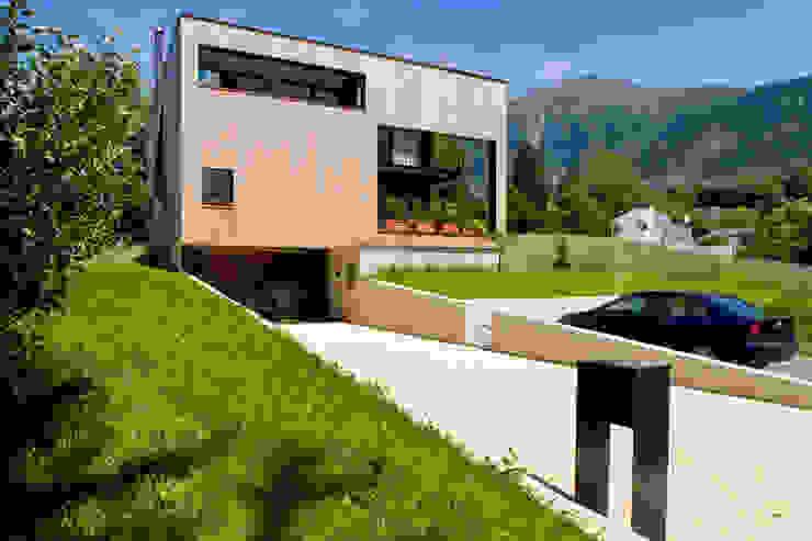 Дома в стиле модерн от dreipunkt ag Модерн