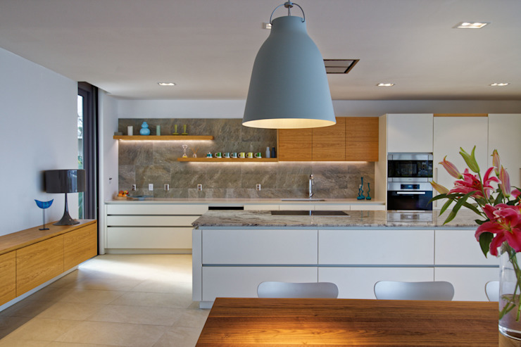 Kitchen by Nicolas Tye Architects, Modern