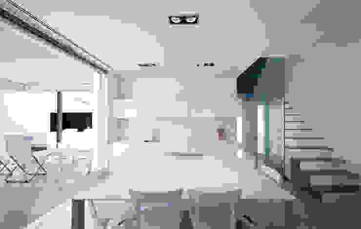 Minimalist kitchen by RM arquitectura Minimalist