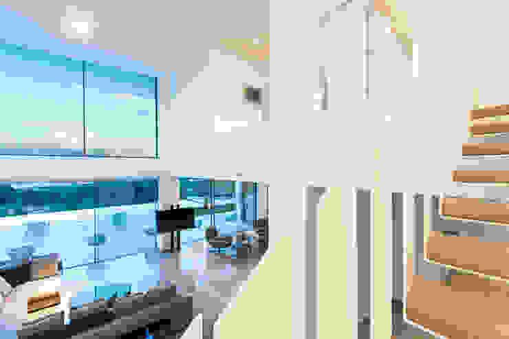 CASA SV II Salones de estilo minimalista de RM arquitectura Minimalista