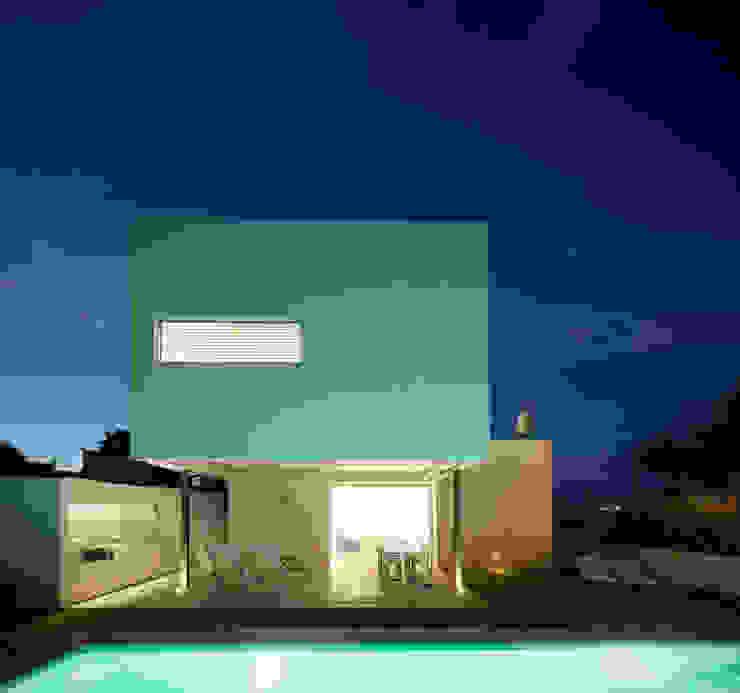 Jardines de estilo minimalista de RM arquitectura Minimalista