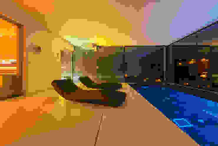 CASA SV II Spa de estilo minimalista de RM arquitectura Minimalista