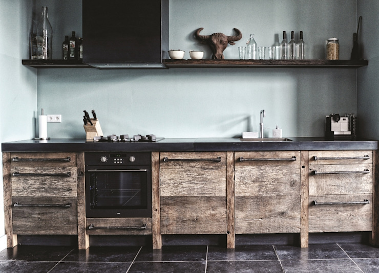 Kitchen by homify, Industrial Wood Wood effect
