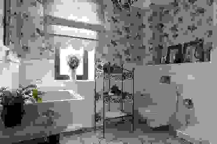 Bathroom by Tatiana Ivanova Design