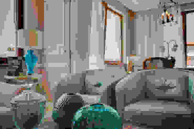 Апартаменты в Болгарии Гостиная в классическом стиле от Студия Татьяны Гребневой Классический
