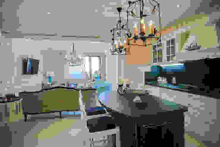 Апартаменты в Болгарии Кухня в классическом стиле от Студия Татьяны Гребневой Классический