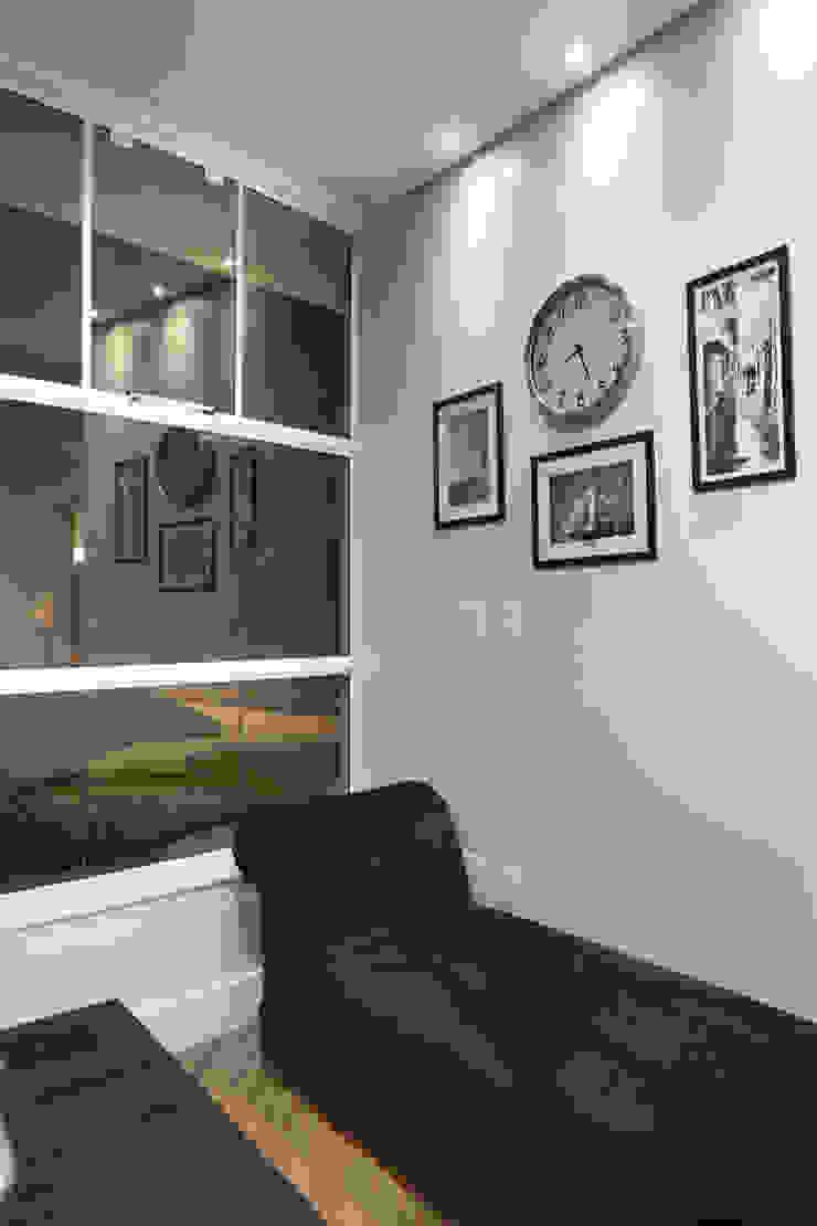 Arquiteto Aquiles Nícolas Kílaris Modern study/office