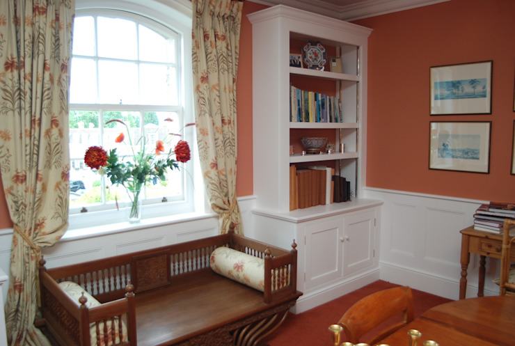 Frant Place Country style dining room by Willow Tree Interiors Country