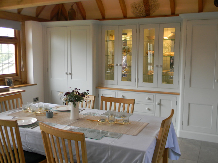 Seaford Classic style dining room by Willow Tree Interiors Classic