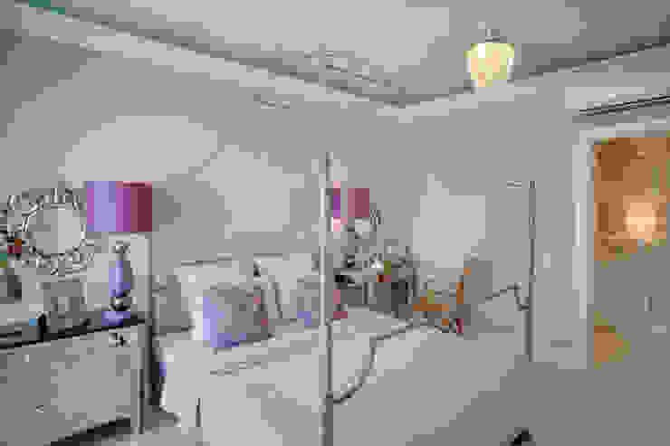 Апартаменты в Болгарии Спальня в классическом стиле от Студия Татьяны Гребневой Классический