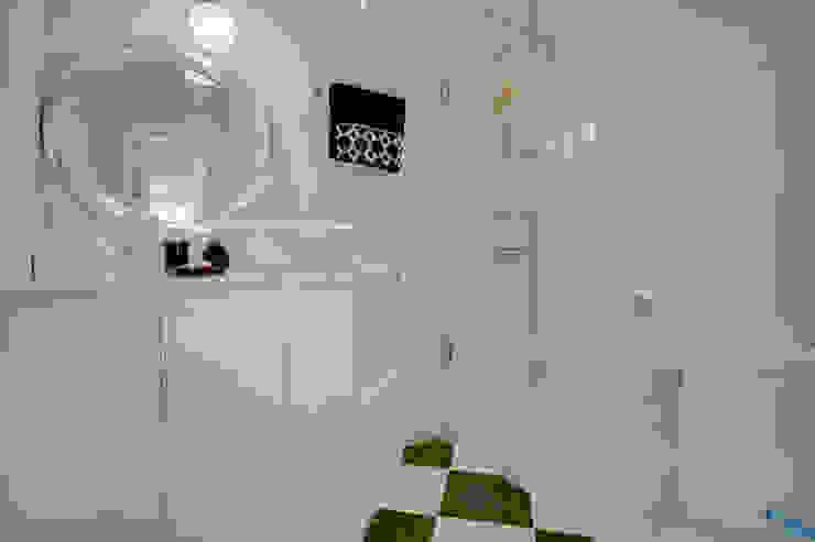 Апартаменты в Болгарии Ванная в классическом стиле от Студия Татьяны Гребневой Классический