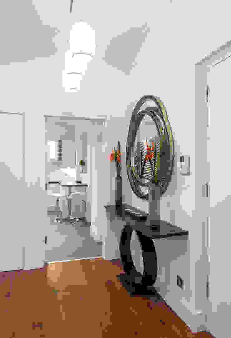 Hallway Moderner Flur, Diele & Treppenhaus von In:Style Direct Modern