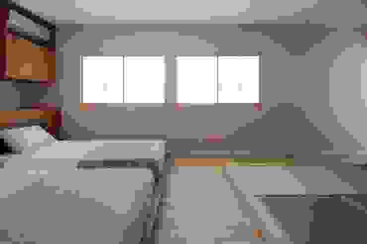 上目黒の家リノベーション モダンスタイルの寝室 の 伊藤一郎建築設計事務所 モダン