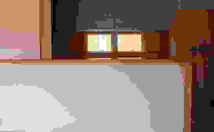 キッチンカウンター オリジナルデザインの キッチン の 川田稔設計室一級建築士事務所 オリジナル
