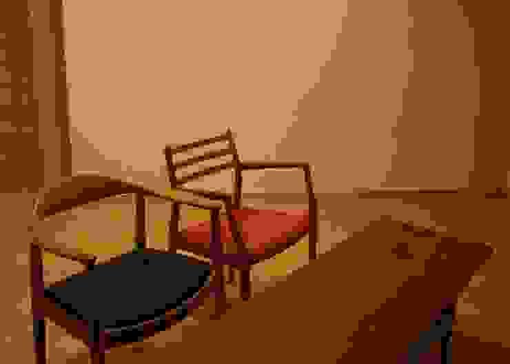 リビング オリジナルデザインの リビング の 川田稔設計室一級建築士事務所 オリジナル