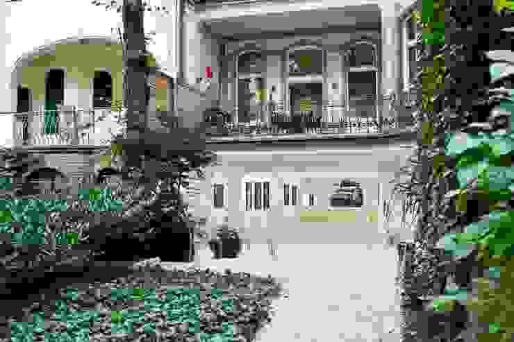 Gisbert Pöppler Architektur Interieur Balkon, Beranda & Teras Modern
