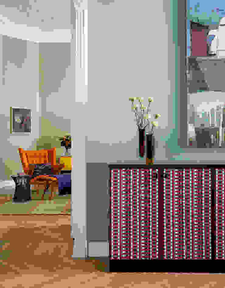 Gisbert Pöppler Architektur Interieur Corridor, hallway & stairsDrawers & shelves