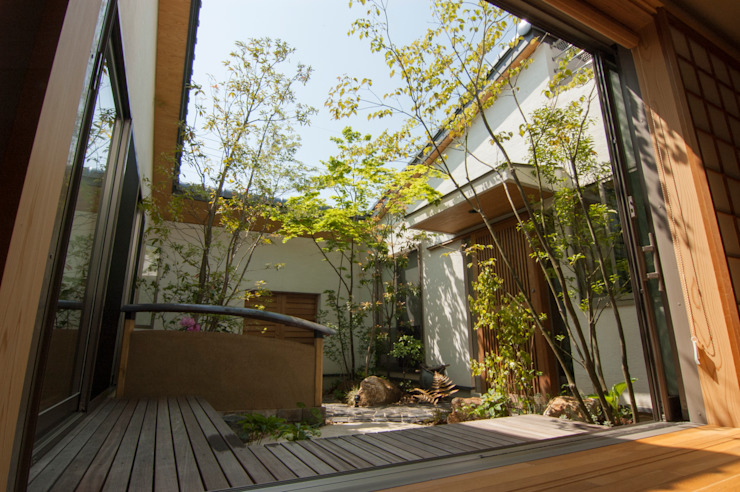 Eclectic style gardens by Garden design office萬葉 Eclectic