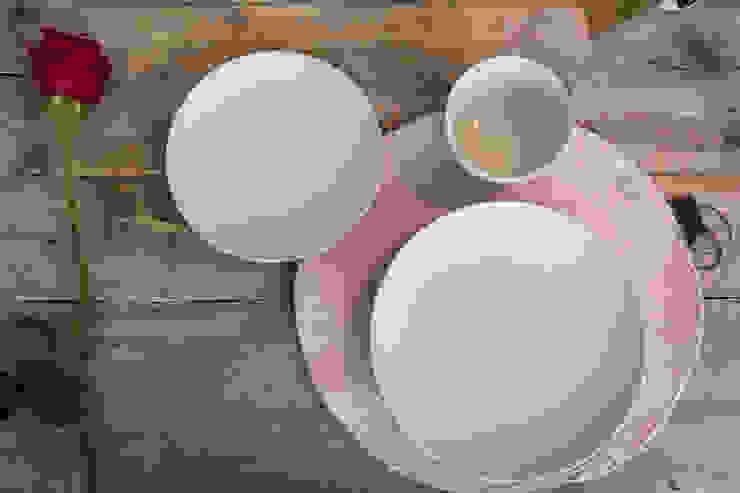 Desayunar en casa no tiene precio de Colectivo Arze Escandinavo