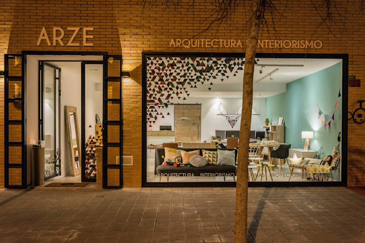 Eclectic style offices & stores by Colectivo Arze Eclectic