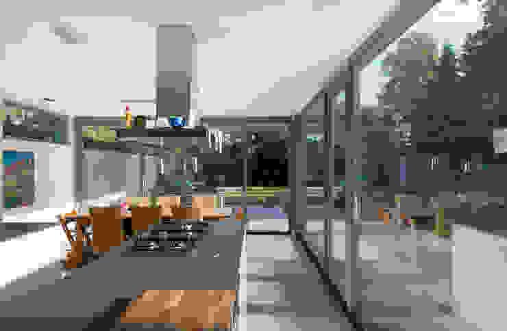 Cucina moderna di Architect2GO Moderno
