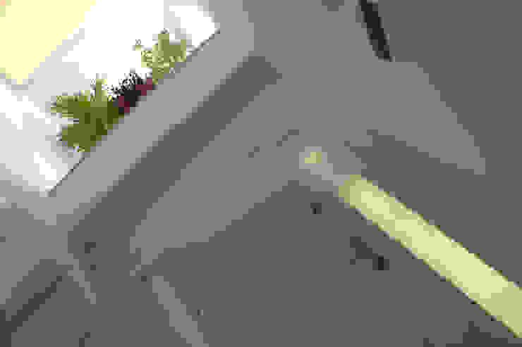 Yapı Fotografları-İç Modern Koridor, Hol & Merdivenler Ayzen Dizayn Mimarlık Modern