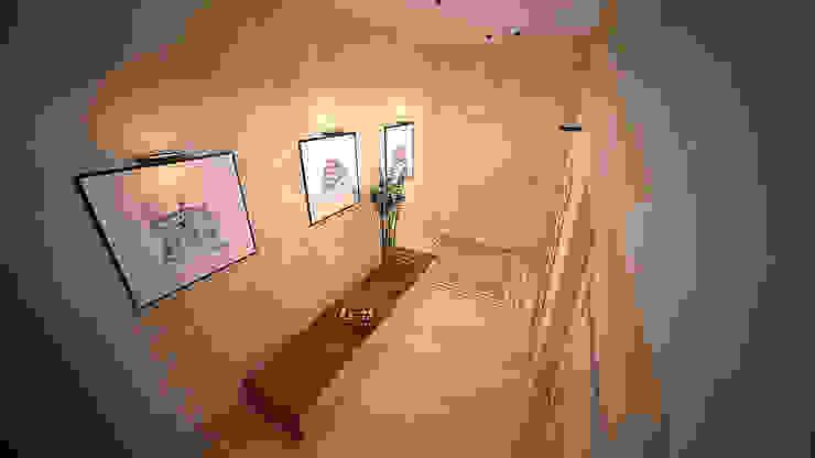 Коттедж в п. Грибки Коридор, прихожая и лестница в стиле минимализм от дизайн-бюро ARTTUNDRA Минимализм