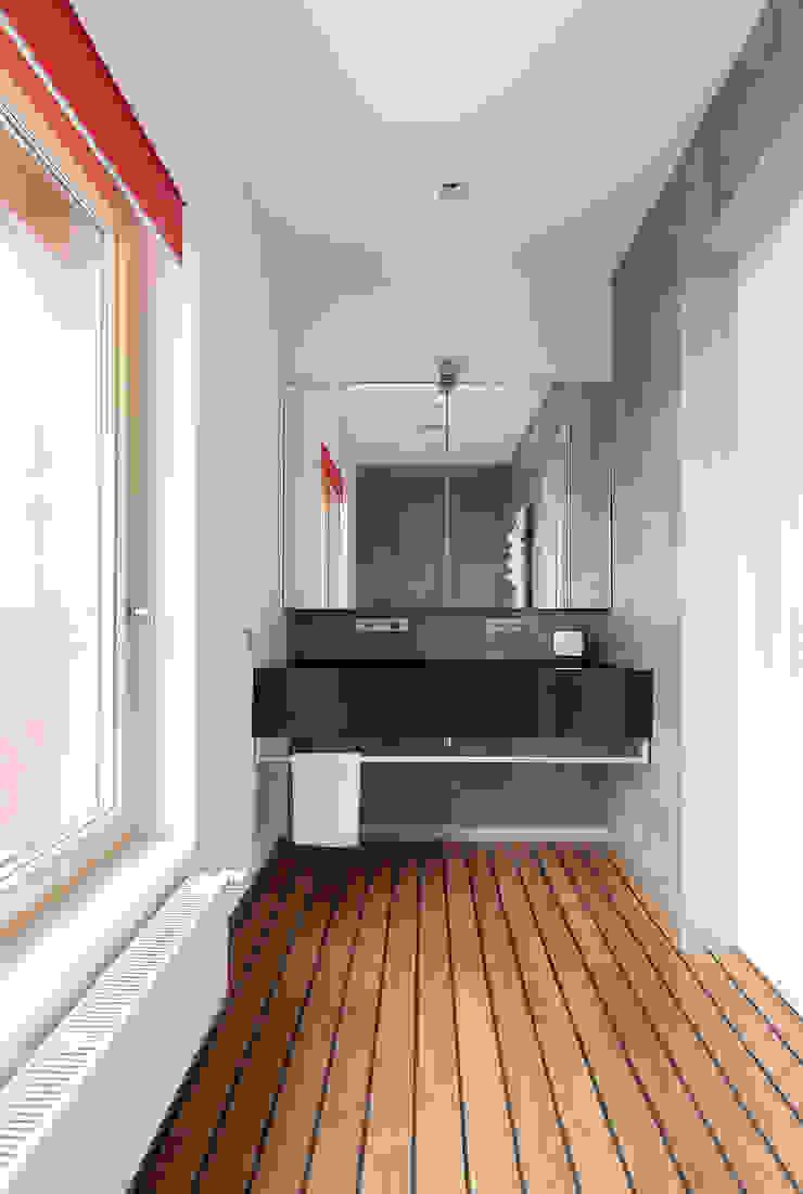 apartment V-21 Minimalist style bathroom by VALENTIROV&PARTNERS Minimalist