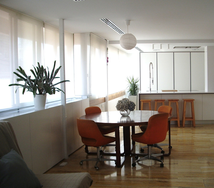 mae arquitectura Modern dining room