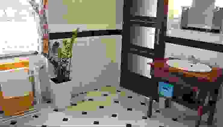 Łazienka w domu na wsi Klasyczna łazienka od studio bonito Klasyczny