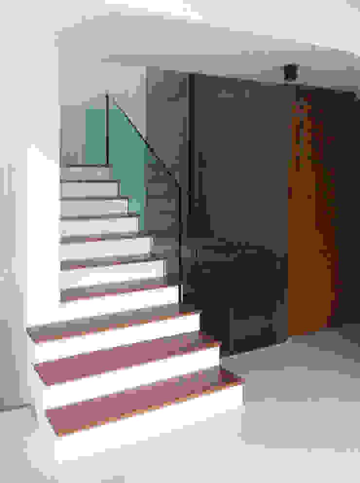 Casa Unifamiliar, Foios, Azeitão Casas modernas por atelier.dxf Moderno