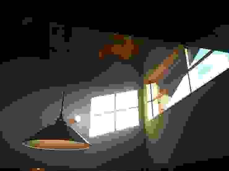 リビング オリジナルな 窓&ドア の 松デザインオフィス オリジナル