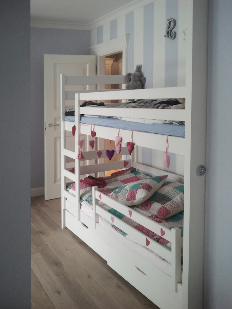 Modern nursery/kids room by 3deko Modern