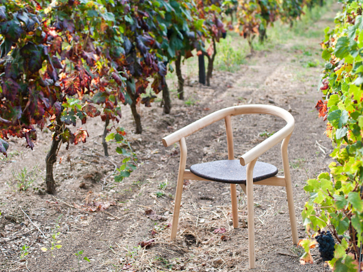 DORA chair (standard option) por DAM Mediterrânico Madeira Acabamento em madeira