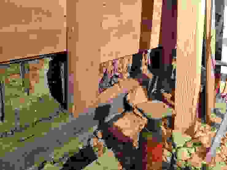既存内観 柱脚 白蟻被害 の 杉江直樹設計室