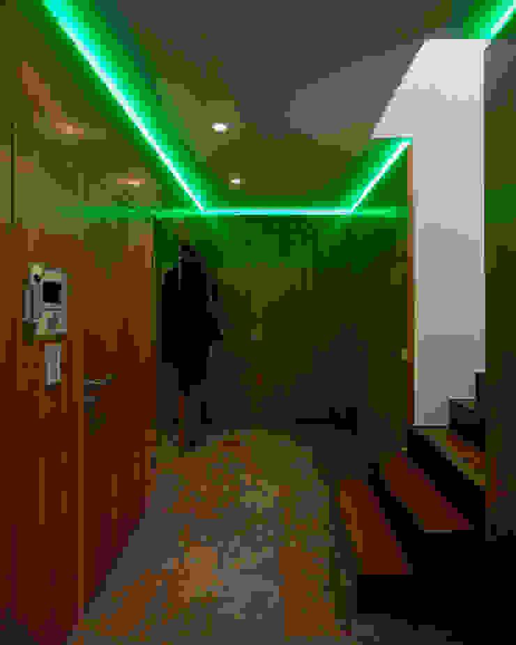 schröckenfuchs∞architektur Eclectic style corridor, hallway & stairs Slate
