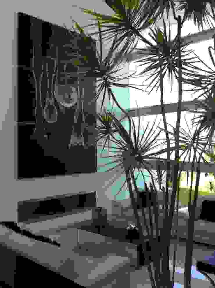 Гостиная в стиле минимализм от ARKIZA ARQUITECTOS by Arq. Jacqueline Zago Hurtado Минимализм