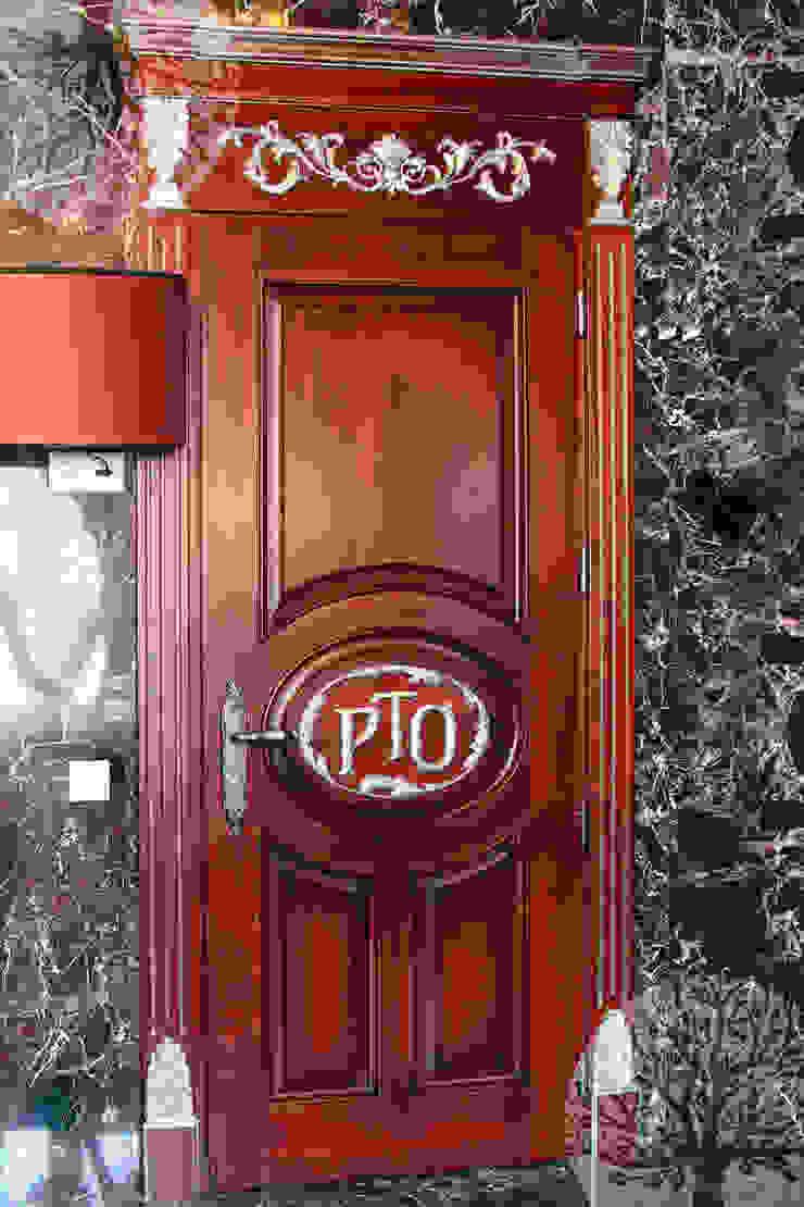 Двери из натурального ясеня Окна и двери в классическом стиле от Lesomodul Классический