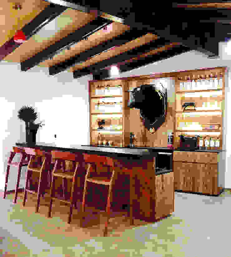 Rancho El Colomo // 2014. Balcones y terrazas modernos de TocoMadera Moderno