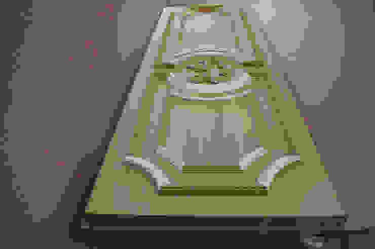 Входные двери из дуба Окна и двери в классическом стиле от Lesomodul Классический