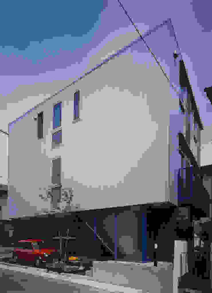 外観(南西) モダンな 家 の 原 空間工作所 HARA Urban Space Factory モダン アルミニウム/亜鉛