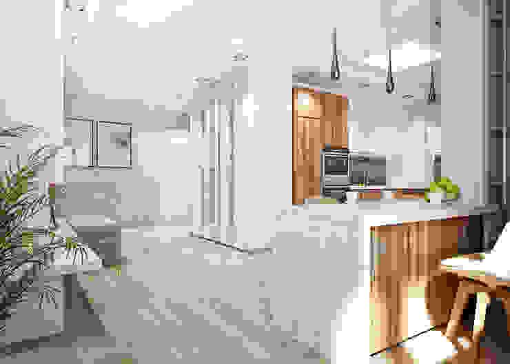 Двухэтажная квартира в современном стиле для молодой семьи Гостиная в стиле минимализм от Студия архитектуры и дизайна ДИАЛ Минимализм