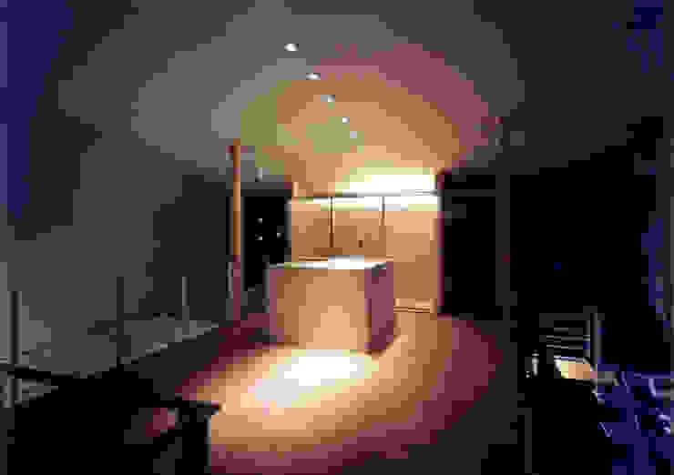 豊田空間デザイン室 一級建築士事務所 Modern Kitchen Marble White