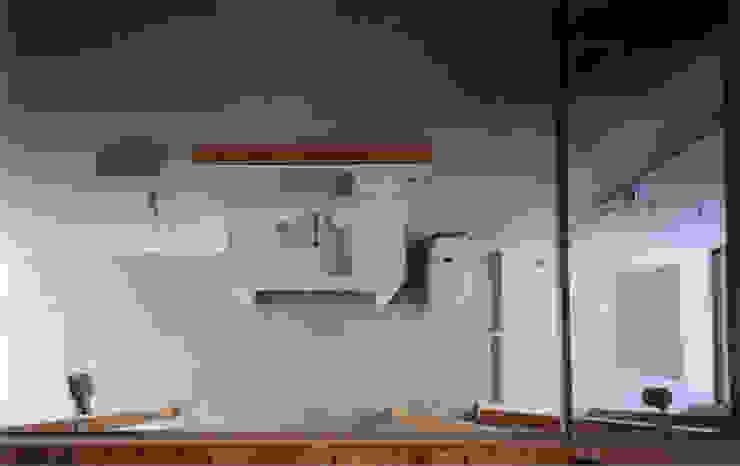 1F水回りを見下ろす モダンスタイルの お風呂 の 豊田空間デザイン室 一級建築士事務所 モダン 大理石