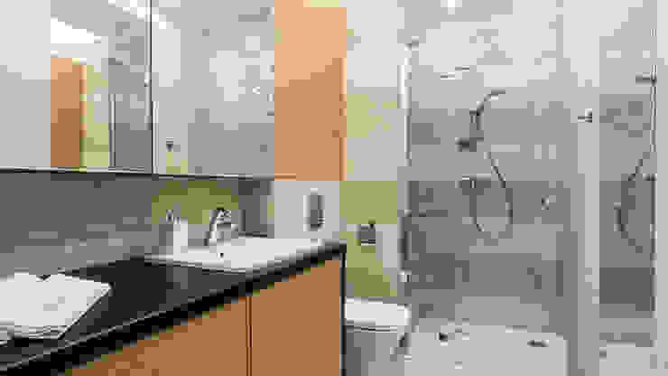 MIESZKANIE WAKACYJNE STYL SKANDYNAWSKI – AVIATOR – GDAŃSK Skandynawska łazienka od Anna Serafin Architektura Wnętrz Skandynawski