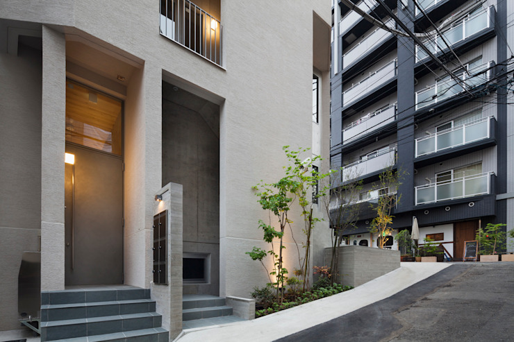 エントランス廻りファサード モダンな 家 の HAN環境・建築設計事務所 モダン