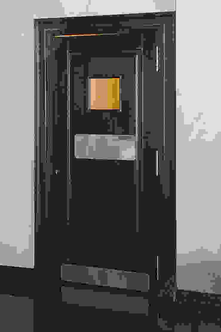 Состаренные двери из дуба от Lesomodul Классический