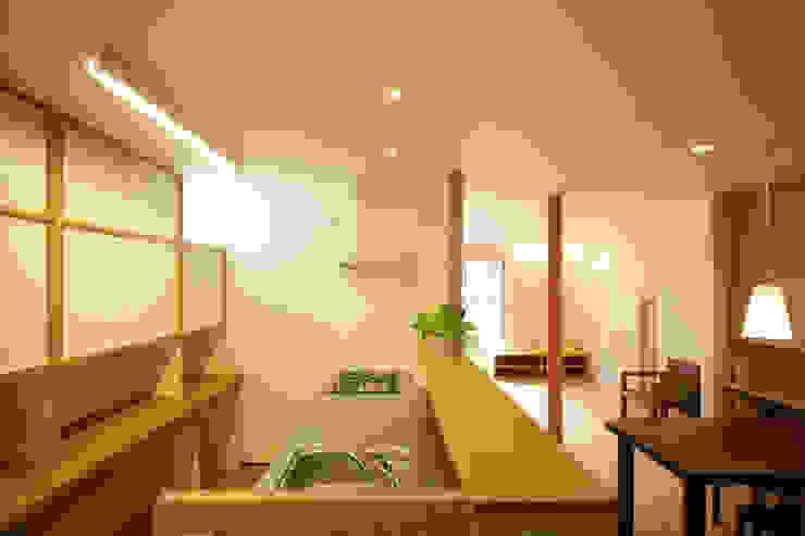 糀谷の家 モダンな キッチン の 一級建築士事務所やしろ設計室 モダン 木 木目調
