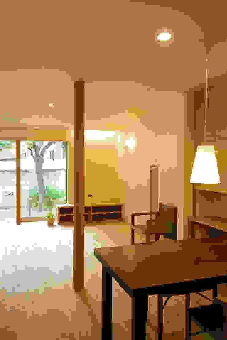糀谷の家 モダンデザインの ダイニング の 一級建築士事務所やしろ設計室 モダン 木 木目調