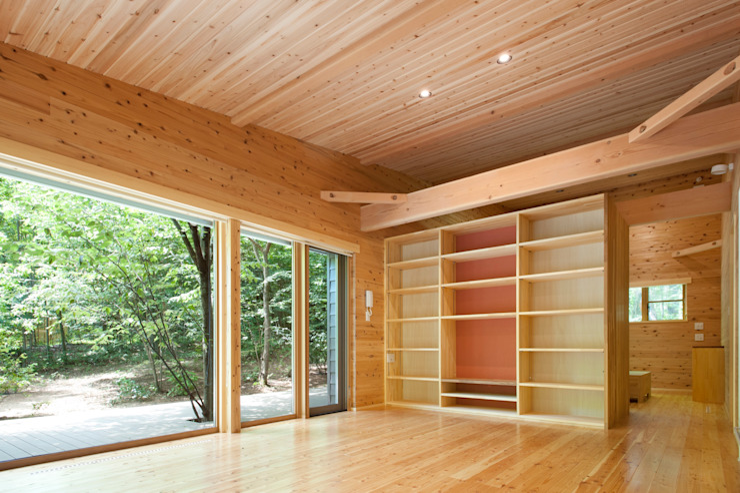 吉田建築設計事務所 ห้องนั่งเล่น ไม้ Beige
